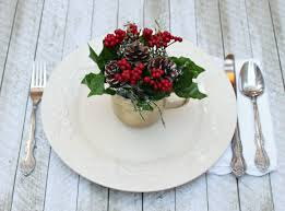 more upcycled holiday table decor