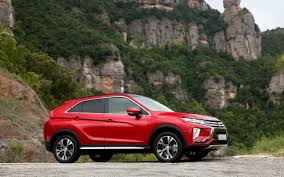 mitsubishi eclipse 2017 comparison toyota rav4 se 2017 vs mitsubishi eclipse cross