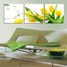 Wandgestaltung Wohnzimmer Gelb Gelbe Dekowand Blume Fr Wohnzimmer Haus Design Ideen