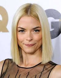 blunt haircut photos for a different style blunt bob haircuts blunt bob haircuts