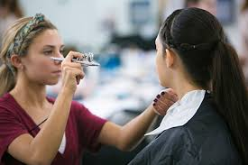 airbrush makeup classes online mud studio evening and weekend courses make up schools make up