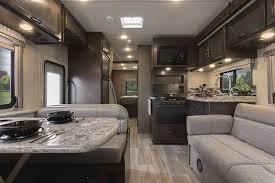 Motorhome Custom Interiors Freedom Elite Class C Motorhomes Thor Motor Coach