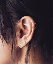 no 23 delicate and oh so pretty ear piercing ideas page 22