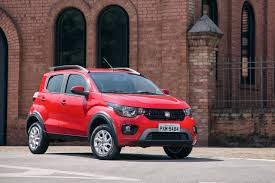 renault kwid red colour brazil u0027s fiat mobi has the renault kwid in its sights