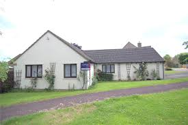 3 bedroom bungalow for sale in west hay grove kemble cirencester