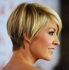 razor cut hairstyles for women over 40 layered razor cut hairstyles weekly