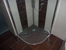 badezimmer fliesen mosaik dusche kreativ dusche fliesen mosaik für bad ideen betonung einzelner