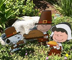 snoopy thanksgiving picture thanksgiving pilgrim peanuts snoopy with corn on the cob