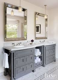 Bathroom Vanity Small by Best 25 Traditional Bathroom Ideas On Pinterest White