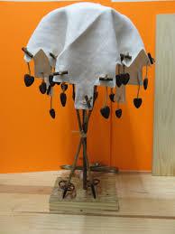 lampe de chevet montagne lampe coeur lampe de chevet en bois flotté https www tethysart com