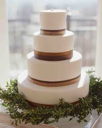 simple wedding cake designs 40 simple wedding cakes that are gorgeously understated martha