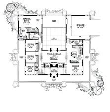 courtyard house plan u shaped courtyard house plans u shaped house plans with courtyard
