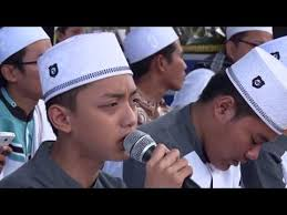 download mp3 gus azmi ibu aku rindu syubbanul muslimin live in blitar rindu ayah voc gus azmi lagu