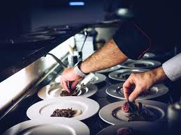 le journal de la femme cuisine le george v remporte deux prix de l excellence gastronomique du