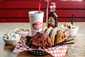 the ultimate guide to eating and drinking in nashville tennessee