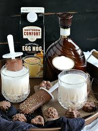 Eggnog And Southern Comfort Eggnog Rum Cocktail With Fudgy Chocolate Popsicles Dishing Delish