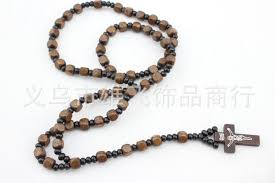 christian necklace wholesale 2015 fashion wooden rosary bead jesus necklace pendant