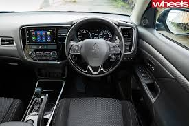 mitsubishi outlander 2018 review price features whichcar
