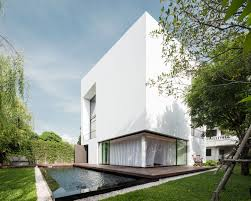 modern white architecture roofing that seems with exterior paint
