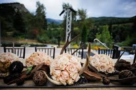 Camo Wedding Centerpieces by Beautiful Centerpiece The Antlers Are My Favorite Detail