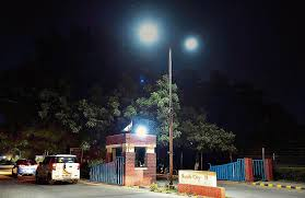who to call when street lights are out gurgaon new led lights lifts streets in south city 2 out of