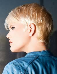 hair styles for small necks pretty short blonde hairdo with a graduated neck and small sideburns