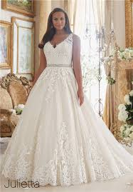 wedding gown dress the most amazing wedding dresses for brides with big belly