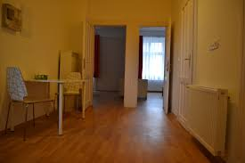 room share apt with 2 bathrooms room for rent budapest