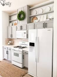 how much paint will i need for kitchen cabinets how to easily paint kitchen cabinet shanty 2 chic