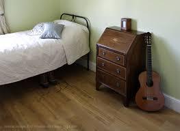 Your Bedroom Floor Hard Floor Or Bedroom Carpet - Bedroom floor