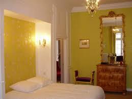chambre de chateau chambre d hotes delia hébergements guide touristique de la