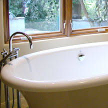 how to clean a porcelain enamel bathtub