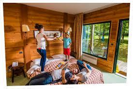 chambre d hotes parc asterix hôtel des trois hiboux au parc parc astérix