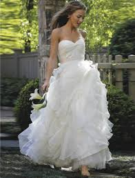designer wedding dress discount designer wedding dresses new sle bridal gowns