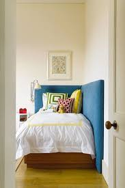 Bed With Headboard by Best 20 Corner Headboard Ideas On Pinterest Extra Bed
