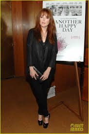 julianne moore u0027another happy day u0027 with ellen barkin photo
