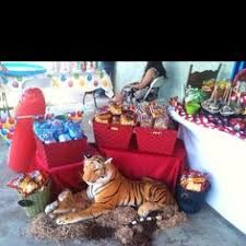 Circus Candy Buffet Ideas by Festas 226 Candy Table Circus Party And Birthdays