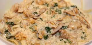 cuisiner les chanterelles grises pâte aux chanterelles d automne recette sur cuisine actuelle