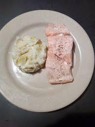 comment cuisiner un poireau comment cuisiner les poireaux awesome recette de saumon et poireaux