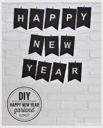 Happy New Year Decorations Diy by 14 New Year U0027s Decorations U0026 Paper Crafts The Paper Blog