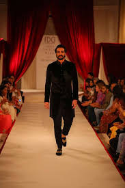 Shahid Kapoor Cock - wow rohit bal s royal take on festive wear will i rohit bal