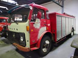 2013 volvo truck commercial file 1974 volvo ex fire truck jpg wikimedia commons