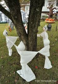 Halloween Outside Decorations 30 Awesome Diy Halloween Outdoor Decorations Ideas Ecstasycoffee