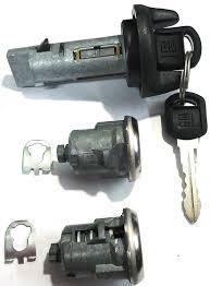 Ignition Part 2 Gm Oem Ignition Key Switch 2 Door Locks Cylinder W 2