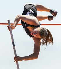 Blind Pole Vaulter Michael Stone 4a Track Issaquah Girls Take State Team Title The Seattle Times