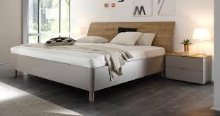 schlafzimmer mit schr ge emejing schlafzimmer deko schrge images house design ideas