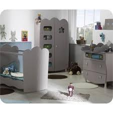 alinea chambre bébé alinea chambre bebe trendy adele chambre lit bb barreaux blanc