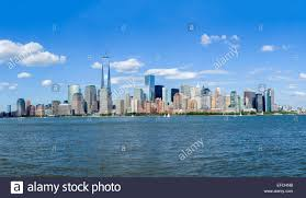 manhattan skyline the lower manhattan skyline in dowtown new york city viewed across