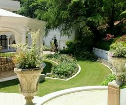 Simple Home Garden Home Design And Decorating Classic Home And Garden Designs