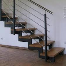 stahl holz treppe treppen aus stahl und holz edelstahl zaeune gelaender carport